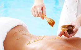 Як правильно робити антицелюлітний масаж з медом?