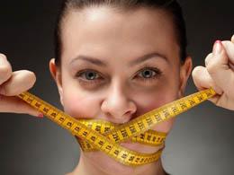 У перші дні голодування для схуднення вага йде стрімко