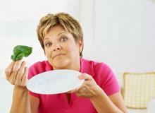 Голодування в домашніх умовах вимагає великої сили волі та самоконтролю