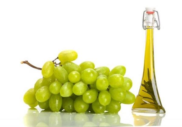 Олія з виноградних кісточок