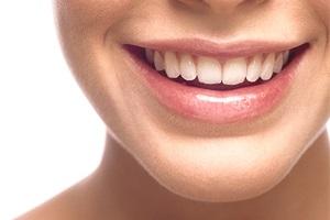Хочете красиві зуби? Ми вам допоможемо.