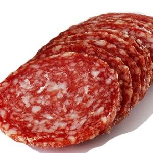 Калорійність копчених ковбас дуже висока