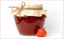 Калорійність варення з полуниці - 271 ккал на 100 грам