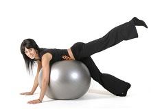Вправи на м'ячі: як схуднути в животі