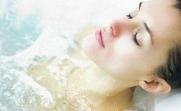 Ванна з сіллю для схуднення: як приймати правильно?